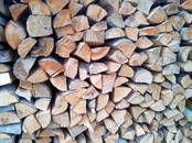 Дрова, брикеты, гранулы Дрова колотые, цена 22 €/м³ насыпной, Фото