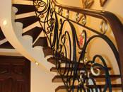 Стройматериалы Лестницы, ступеньки, перила, цена 2 300 €, Фото