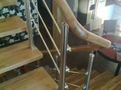 Būvdarbi,  Logi, durvis, kāpnes, margas Kāpnes, cena 1 500 €, Foto