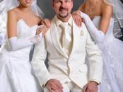 Sieviešu apģērbi Kāzu kleitas, cena 250 €, Foto