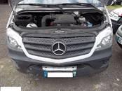 Mercedes-benz, cena 10 €, Foto