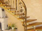 Стройматериалы Лестницы, ступеньки, перила, цена 142.29 €, Фото
