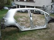 Запчасти и аксессуары,  Toyota Auris, Фото