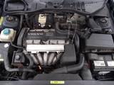 Rezerves daļas,  Volvo V70, cena 1 422 871 810.63 €, Foto
