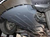 Запчасти и аксессуары Защита картера, цена 164 €, Фото