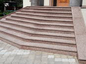Стройматериалы Лестницы, ступеньки, перила, цена 50 €, Фото