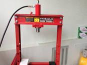 Инструмент и техника,  Строительная техника Прессы, цена 310 €, Фото
