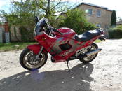 Motocikli Suzuki, cena 1 800 €, Foto