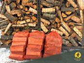 Malka, briketes, granulas Skaldīta malka, cena 33 €/m³ beramais, Foto