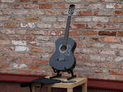 Mūzika,  Mūzikas instrumenti Ģitāras, cena 50 €, Foto