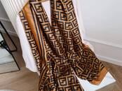 Sieviešu apģērbi Šalles, cena 45 €, Foto